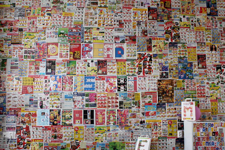 wall with a hidden message using contemporary initials - Lenka Hamosova